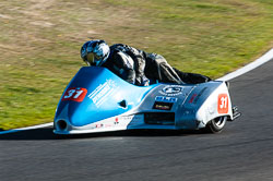 Nicky Dukes & William Moralee, Open Sidecar, Derby Phoenix, Cadwell Park, 2011