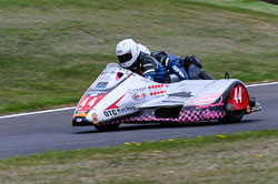 Karl Bennett & Lee Cain, Sidecar, NG, Cadwell Park, 2013
