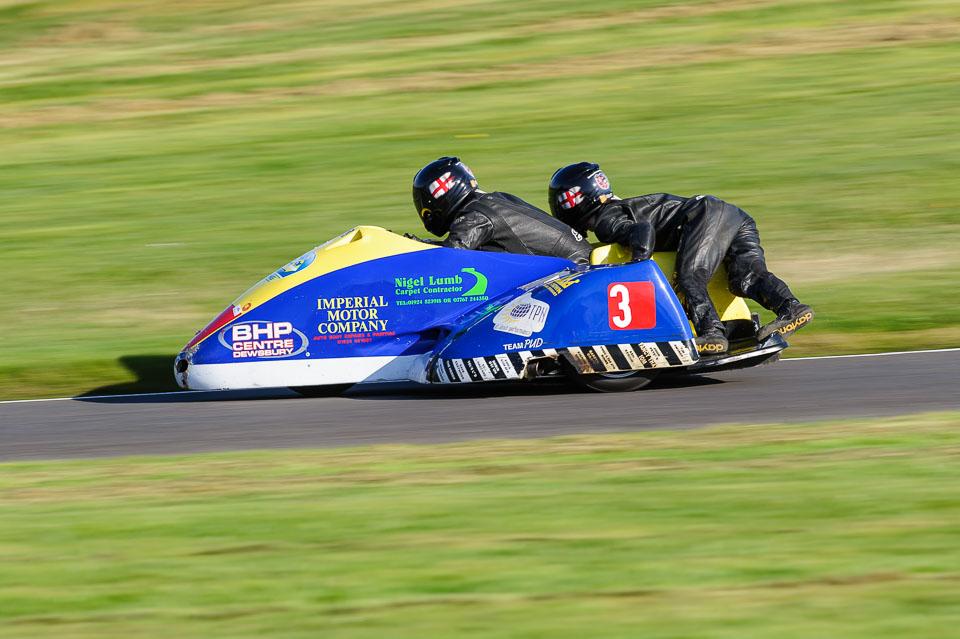 Dave Hirst & Ben Binns / EMRA, Cadwell Park, 2014-04