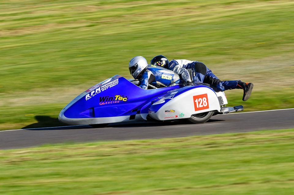 Simon Horton & Dave Dean / EMRA, Cadwell Park, 2014-04